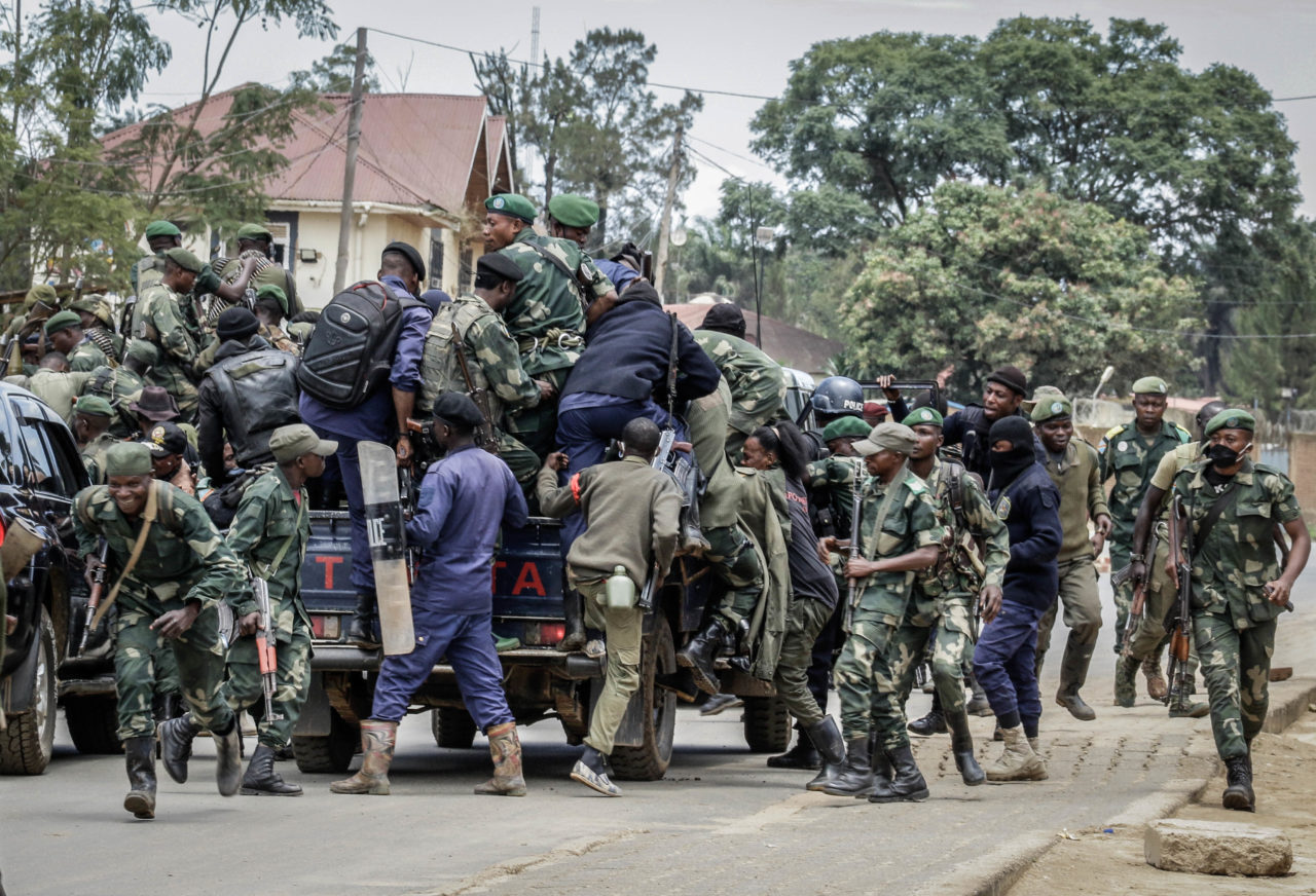 Bunia, DRC, September 4, 2020. Government soldiers and police reacted as about 100 heavily armed fighters from the CODECO militia entered the eastern Congolese city of Bunia last Friday. © Dieudonné Dirole for Fondation Carmignac