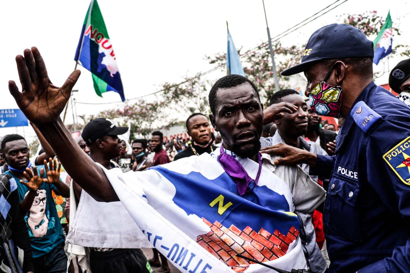 Kinshasa, DRC, August 23th 2020. Supporters of Lamuka opposition party leader Martin Fayulu on the streets of Kinshasa as he returned to Congo this week after being stuck in the United States for five months due to coronavirus travel restrictions. © Justin Makangara for Fondation Carmignac
